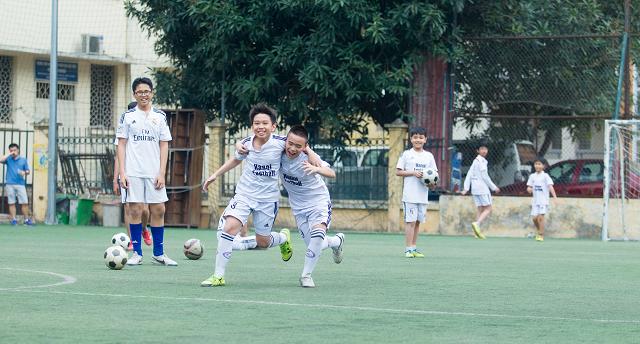 học bóng đá 7