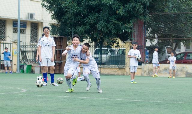 học bóng đá 8