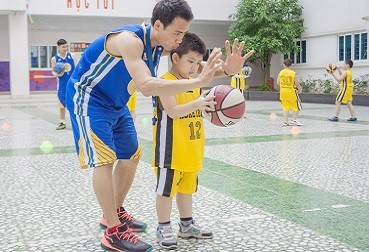học bóng rổ 1
