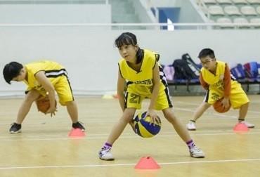 học bóng rổ 11
