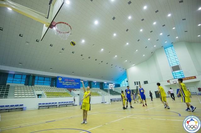lớp học bóng rổ ở long biên