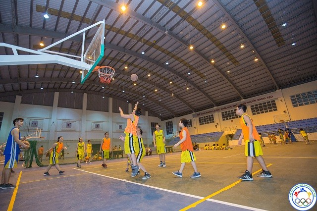 lớp học bóng rổ ở mỹ đức