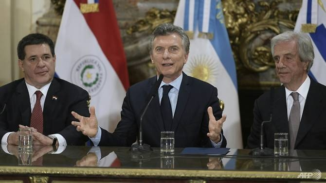 argentina-uruguay-va-paraguay