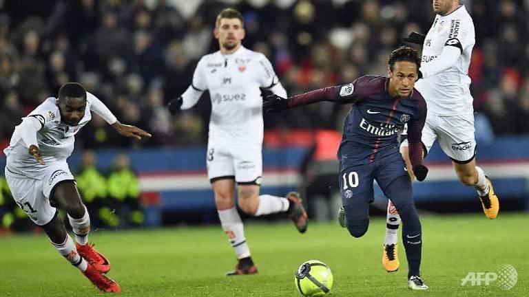 neymar-ghi-4-diem-khi-cavani-ghi-duoc-ky-luc