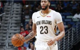 spurs-de-bep-red-hot-davis-pelicans