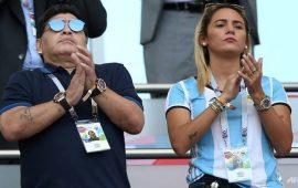 maradona-lam-viec-mien-phi-cho-argentina