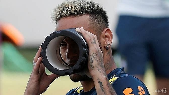 neymar-thi-dau-cho-tran-gap-mexico