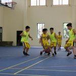 Cách giúp bé phát triển chiều cao tối đa với bóng rổ