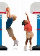 bé học bóng rổ