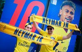 neymar-ra-mat-psg