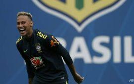 neymar-phu-hop-voi-brazil
